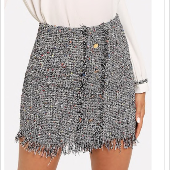 Dresses & Skirts - FRAYED TWEED SKIRT